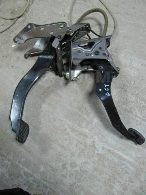Накладка на педаль. Honda Prelude, BB1, BB4 Honda Accord, CF4