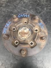 Ступица. Nissan Atlas Двигатель FD42