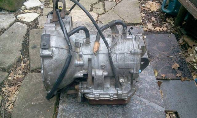Рамка радиатора. Mitsubishi Minica, H21A, H21V, H26A Двигатель 3G81