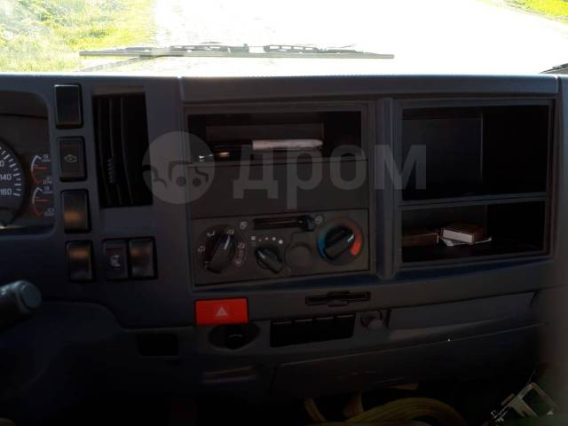 Isuzu NQR. Продается грузовик Isuzu NQ 9.5, 6 100кг., 4x2