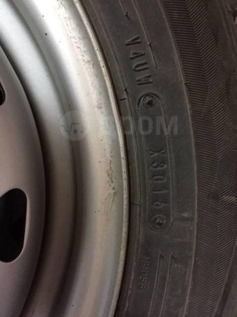 Dunlop. Зимние, без шипов, 2016 год, 5%, 4 шт