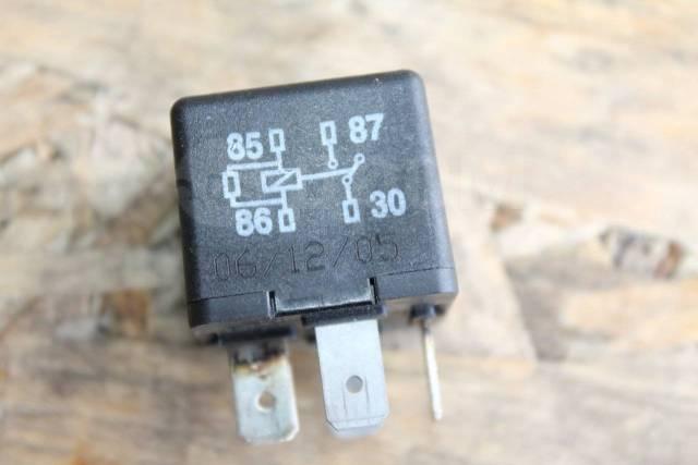 сколько датчиков включения вентилятора на фольксваген фаэтон