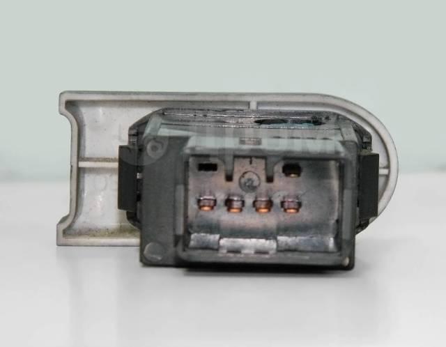 Кнопка включения противотуманных фар. Chevrolet Lanos