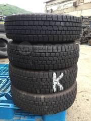 Dunlop DSV-01. Зимние, без шипов, 2014 год, 5%, 4 шт
