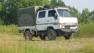 Toyota Hiace. Продам грузовика , 2 400куб. см., 1 000кг., 4x4