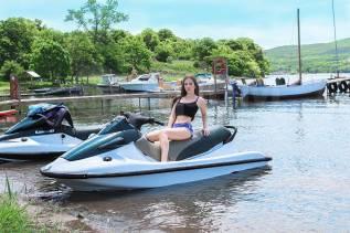 Прокат гидроциклов, аренда водных мотоциклов. Банан, лягушка для катания. 3 человека, 80км/ч