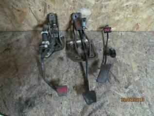 Педаль сцепления. Toyota Vista, CV30 Двигатели: 2CT, 2CTL
