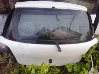 Дверь багажника. Toyota Vitz, SCP10, NCP13, SCP13, NCP10, NCP15 Двигатели: 1SZFE, 1NZFE, 2SZFE, 2NZFE
