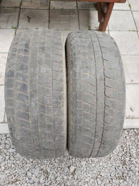 Bridgestone Blizzak MZ-03. Зимние, без шипов, 90%, 2 шт