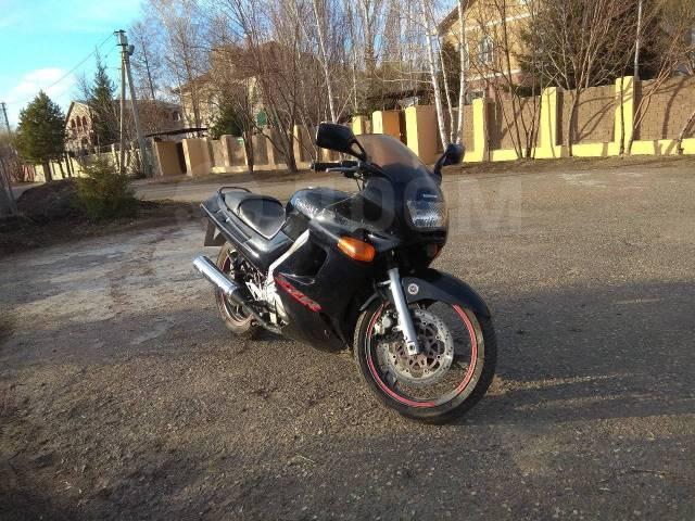 Kawasaki ZZR 250 2002
