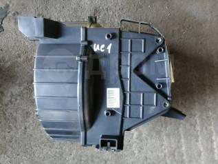 Корпус моторчика печки. Honda Inspire, UC1 Двигатель J30A
