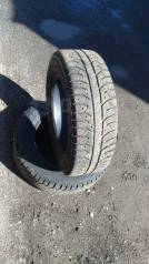 Bridgestone. Зимние, без шипов, 2010 год, 30%, 2 шт