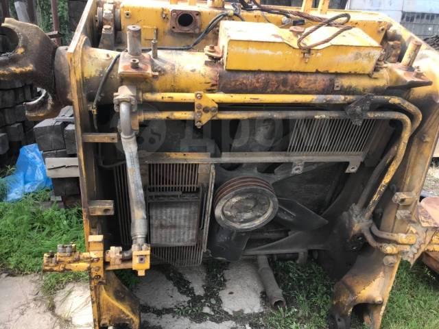Радиатор охлаждения двигателя. Komatsu D375A