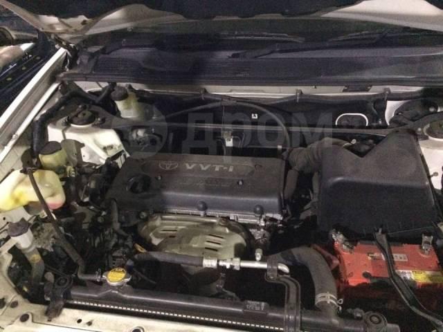 Шторка багажника. Toyota Kluger V, ACU20, ACU20W, ACU25, ACU25W, MCU20, MCU20W, MCU25, MCU25W Двигатели: 1MZFE, 2AZFE