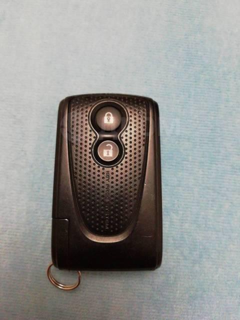 Ключ зажигания, смарт-ключ. Toyota ist, NCP110, NCP115
