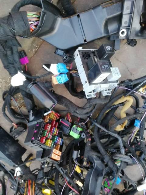 Проводка салона. Volkswagen Touareg, 7L6, 7LA Двигатели: AXQ, AYH, AZZ, BAA, BAC, BAN, BAR, BHK, BHL, BJN, BKJ, BKL, BKS, BKW, BLE, BLK, BMV, BMX, BPD...