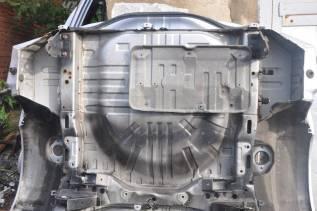 Задняя часть автомобиля. Mitsubishi Airtrek, CU2W Двигатель 4G63T