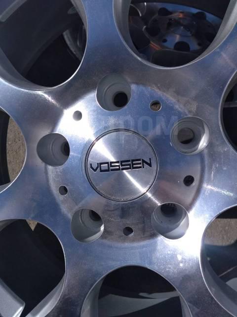 """Vossen. 7.5x17"""", 5x114.30, ET35, ЦО 70,0мм."""