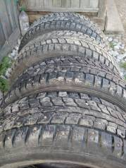 Dunlop. Зимние, шипованные, 30%, 4 шт