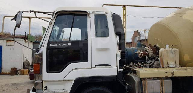 Isuzu Forward. Изудзу форвард, 17 000 куб. см., 5,00 куб. м.