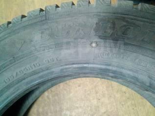 Dunlop. Зимние, шипованные, 2014 год, 30%, 2 шт