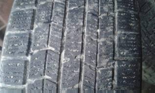 Dunlop. Зимние, без шипов, 2012 год, 30%, 2 шт