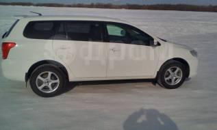 Toyota Corolla Fielder. С водителем