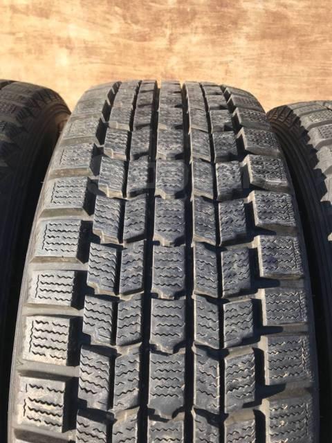 Dunlop Grandtrek. Зимние, без шипов, 2011 год, 5%, 4 шт