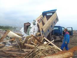 Вывоз мусора, грунта. Доставка щебня, песка.