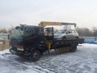 Эвакуатор (бортовой грузовик с краном).