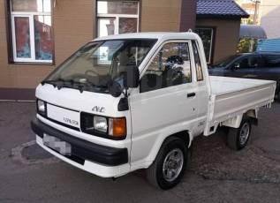 Toyota Lite Ace. 4WD, борт 1 тонна, 1 800куб. см., 1 000кг., 4x4