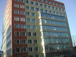 Офисные помещения. 56 кв.м., улица Стрельникова 7, р-н Эгершельд. Дом снаружи