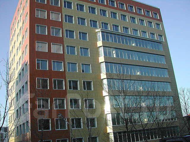 Офисные помещения. 124 кв.м., улица Стрельникова 7, р-н Эгершельд. Дом снаружи
