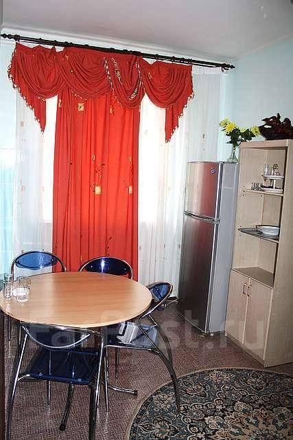 Сдаются мебелированные комнаты на берегу моря (сутки, час).