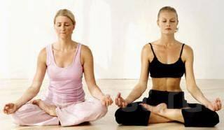йога для двоих фото для начинающих