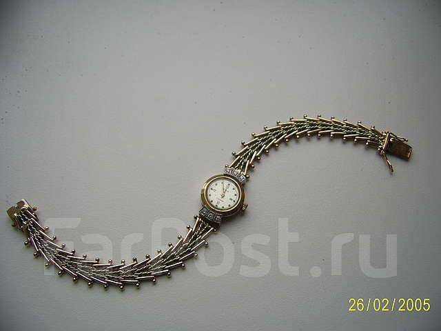 Часы чайка золотой браслет бриллиант