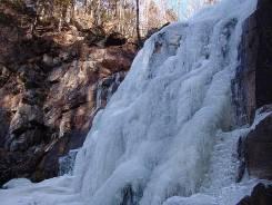 Два Шкотовских водопада; Ущелье Дарданеллы+катание на лошадях 680 руб