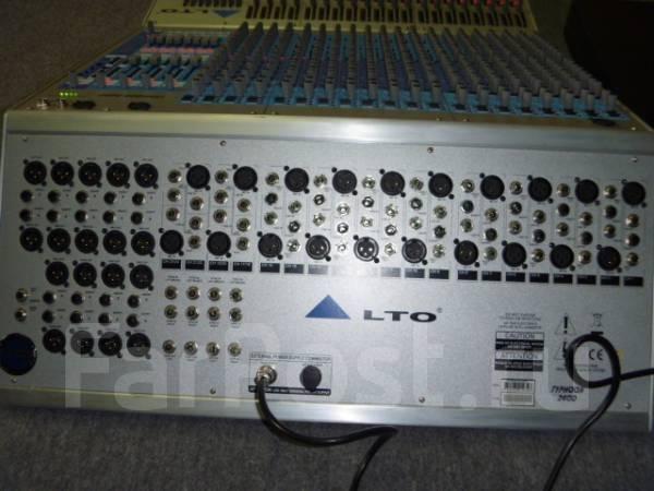 Профессиональный микшерский пульт ALTO Typhoon 2400
