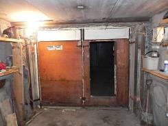 Продам сухой теплый капитальный гараж (ул. Сабанеева). Сабанеева ул. 16, р-н Баляева, электричество. Вид снаружи