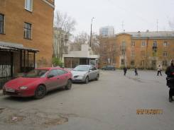 Продается торговое помещение, площадью 75.9 кв. м. Краснофлотцев 2, р-н Эльмаш, 76,0кв.м.
