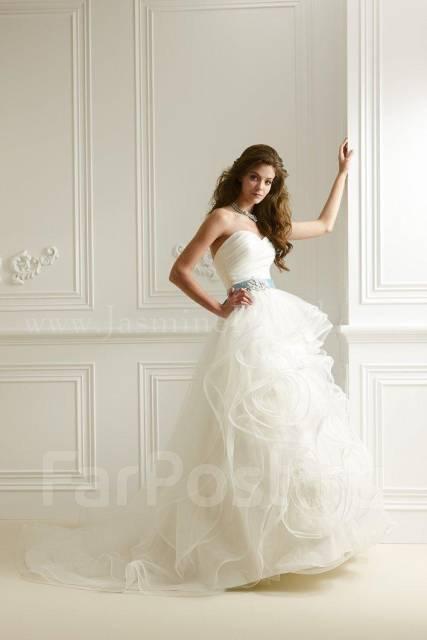 Свадебные платья с бирюзовым поясом