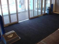 """Установка грязезащитной системы в супермаркете """"Андромеда"""". Тип объекта публичные заведения"""