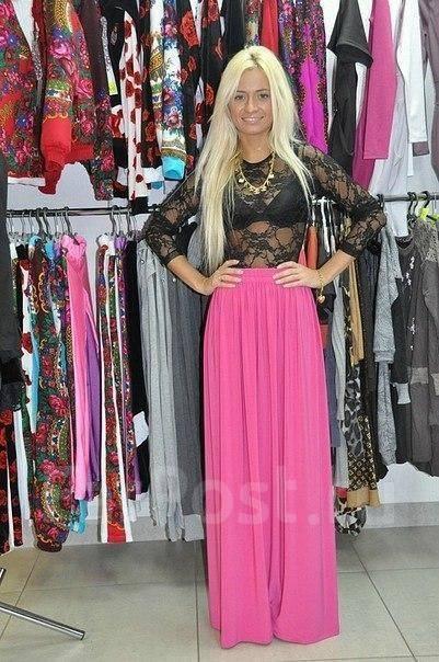 Длинная розовая юбка в пол