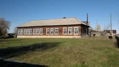 Бывшая начальная школа. Школьная 2а, р-н Слободка, 300кв.м. Дом снаружи