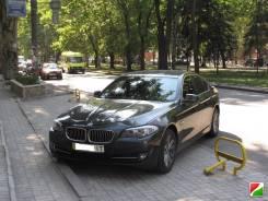 Накладка на решетку бампера. BMW 5-Series