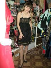 Платья вечерние. 46