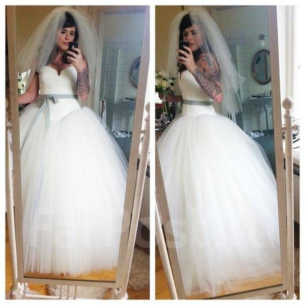 платья с рукавами на весну 2016