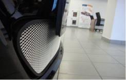 Защитно декоративная сетка на Hyundai Solaris