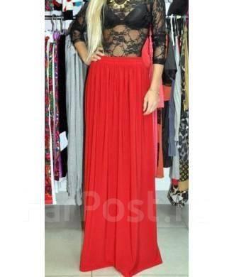 Красная юбка в пол фото