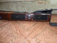 Консоль панели приборов. Toyota Crown, JZS151